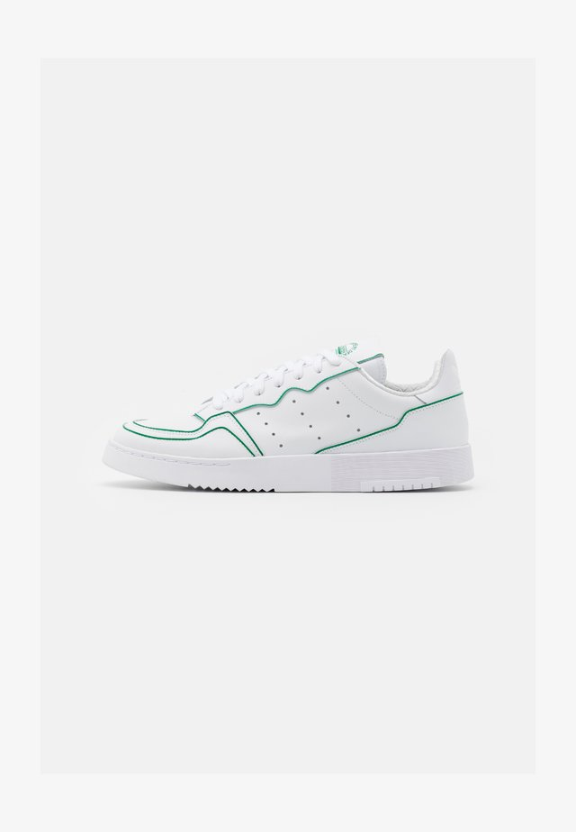 SUPERCOURT UNISEX - Sneakers laag - footwear white/green