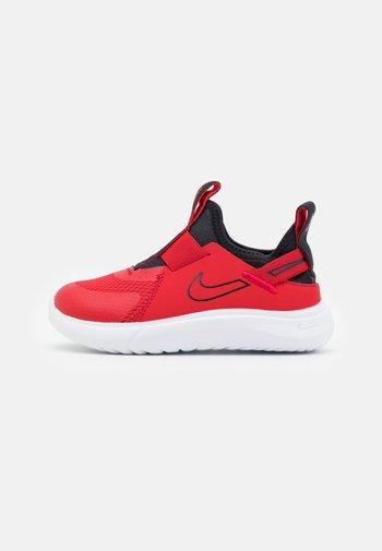 FLEX PLUS UNISEX - Zapatillas de running neutras - university red/black/white