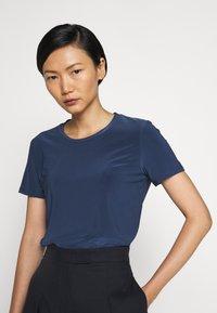 Max Mara Leisure - VALETTE - Basic T-shirt - blau - 3
