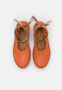Oa non fashion - Ankle strap ballet pumps - frappe - 5