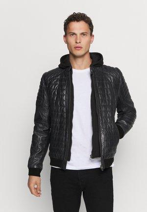 GBTREY - Leather jacket - navy/black