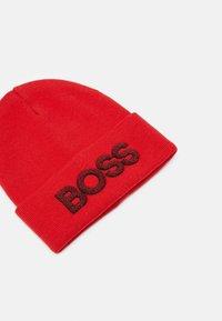 BOSS Kidswear - PULL ON HAT UNISEX - Beanie - bright red - 3