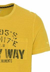 camel active - Print T-shirt - gold - 6