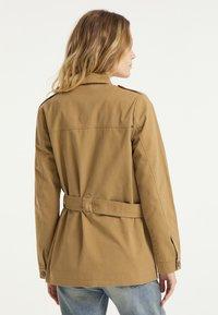 DreiMaster - Short coat - dunkelsand - 2