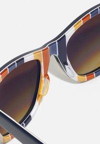 Ray-Ban - WAYFARER UNISEX - Sluneční brýle - dark blue - 4