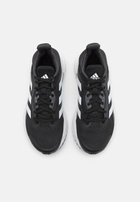 adidas Performance - SOLAR GLIDE 4 ST  - Stabiliteit hardloopschoenen - core black/footwear white/grey six - 3