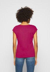 Anna Field - T-shirts - berry - 2
