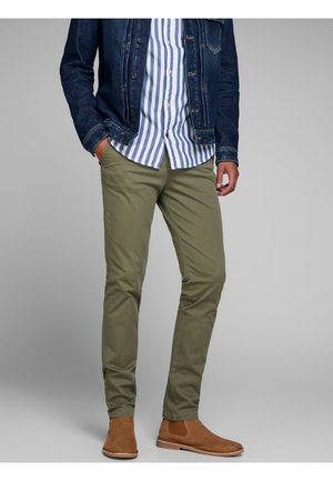 Pantalones chinos - olive night