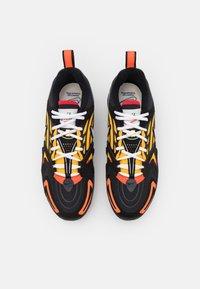 Nike Sportswear - AIR VAPORMAX EVO SE - Sneakersy niskie - black/white/orange/university gold/university red/sail - 3