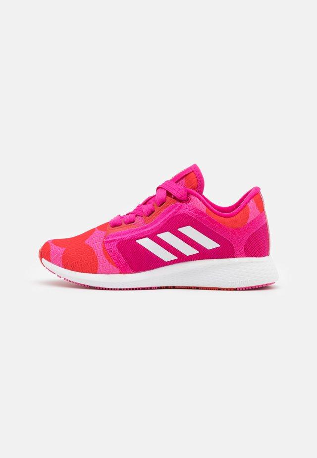 EDGE LUX 4 X MARIMEKKO - Sportschoenen - team real magenta/footwear white/vivid red