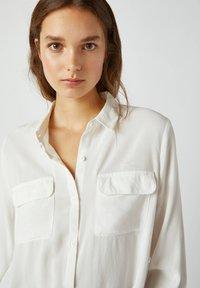 PULL&BEAR - Camicia - white - 3