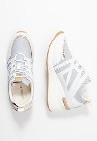 Mariamare - Sneakers - champagne - 3