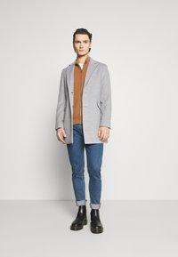 Burton Menswear London - FAUX BUTTON - Short coat - light grey - 1