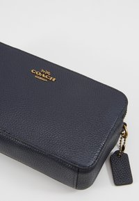 Coach - POLISHED PEBBLE KIRA CROSSBODY - Across body bag - midnight navy - 2