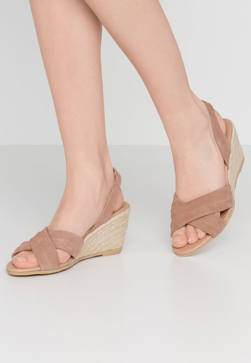 Office Wide Fit - MILLS - Espadrillot - taupe