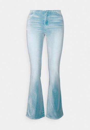 RAIA ACID TROUSER - Pantalon classique - ligh blue