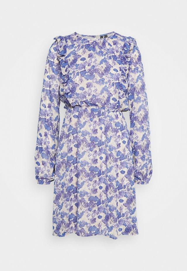 VMVIOLA SHORT DRESS - Vestito estivo - birch/viola
