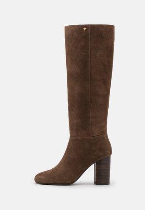 ANKA BOOT - Boots - darkbrown