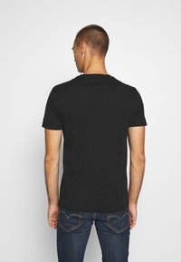 Replay - T-shirt con stampa - nearly black - 2