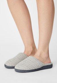 Anna Field - Slippers - grey - 0