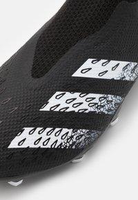 adidas Performance - PREDATOR FREAK .3 FG - Voetbalschoenen met kunststof noppen - core black/footwear white - 5