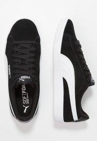 Puma - VIKKY V2 - Sneakers - black/white/silver - 3