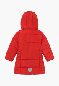 Blue Seven - KIDS FAUX FUR HOOD - Winterjas - tomate