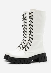 Koi Footwear - VEGAN TRINITY - Platåstøvler - white - 2