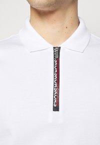 Michael Kors - LOGO ZIP - Polo shirt - white - 4