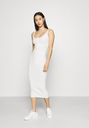 POPPER MIDAXI DRESS - Shift dress - cream