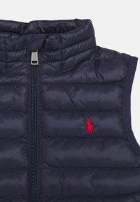 Polo Ralph Lauren - PACKABLE OUTERWEAR VEST - Waistcoat - newport navy - 2