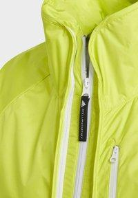 adidas by Stella McCartney - ADIDAS BY STELLA MCCARTNEY TRUEPACE TWO-IN-ONE JACKET - Training jacket - yellow - 3