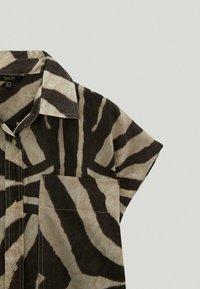 Massimo Dutti - MIT ZEBRAPRINT - Shirt dress - brown - 2