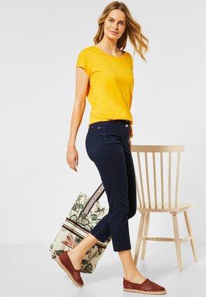 SLIM FIT CRASH-HOSE - Slim fit jeans - blau