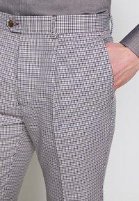 1904 - POULSDEN TAPERED GINGHAM - Pantalon de costume - blue - 3