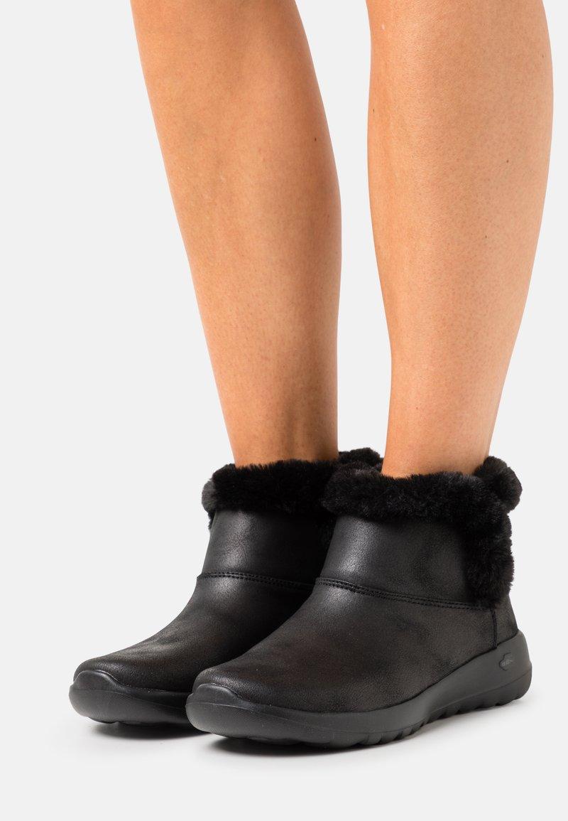 Skechers - ON THE-GO JOY - Botines - black