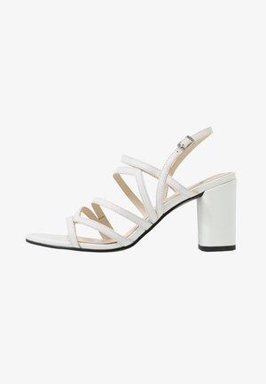 PENNY - Sandalias - white