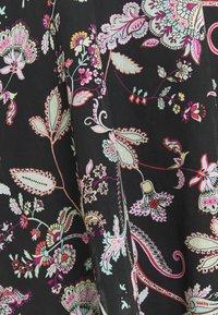 TWINSET - KAFTANO IN TESSUTO CON FRANGE SOTTOVESTE - Day dress - nero - 2