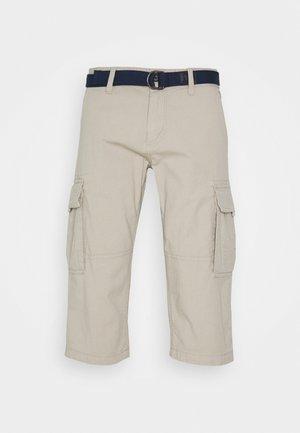 BERMUDA BELT - Shorts - beige