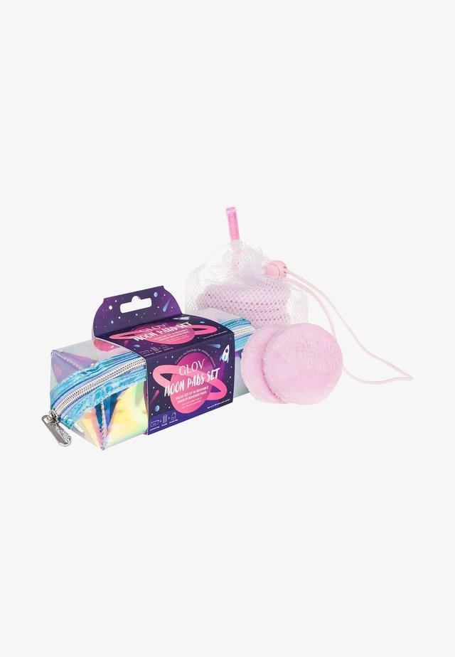 MOON PADS SET - Skincare set - pink