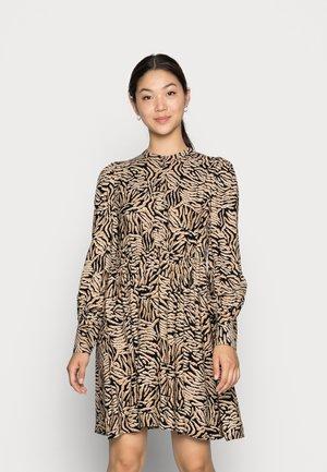 VMUMA SHORT DRESS - Vardagsklänning - black uma