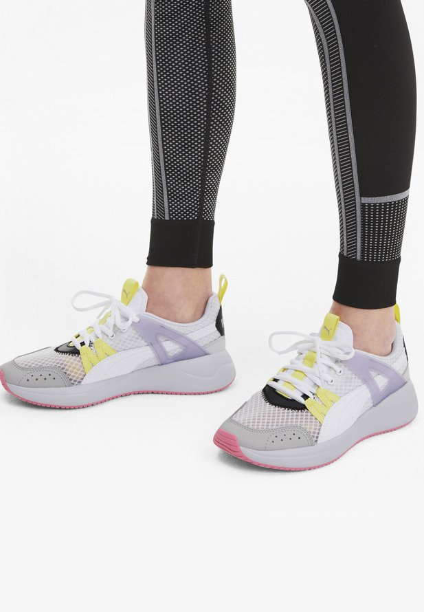 Puma - NUAGE RUN CAGE SUMMER - Sports shoes -  white-purple heather