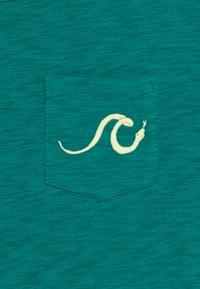 GAP - BOY - Print T-shirt - electric jade - 2