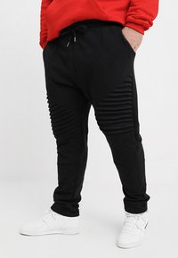 Urban Classics - PLEAT - Tracksuit bottoms - black - 0