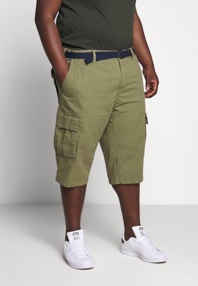 BERMUDA BELT 3/4 BIG - Shorts - army green