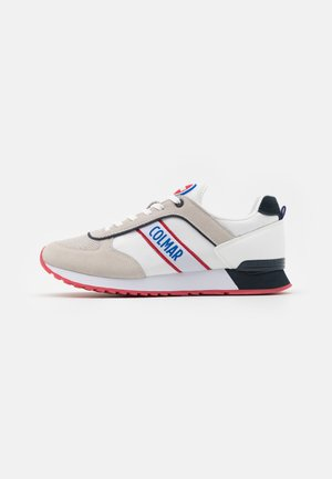 TRAVIS RUNNER - Baskets basses - white