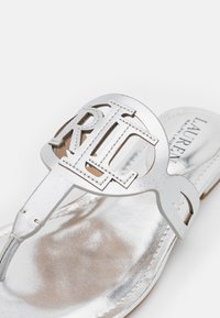 Lauren Ralph Lauren - AUDRIE - T-bar sandals - bright silver - 6