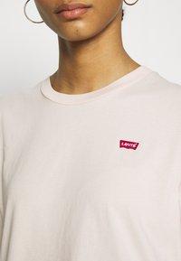 Levi's® - PERFECT TEE - T-shirts print - peach blush - 5