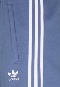 adidas Originals - STRIPES PANT - Træningsbukser - crew blue - 4