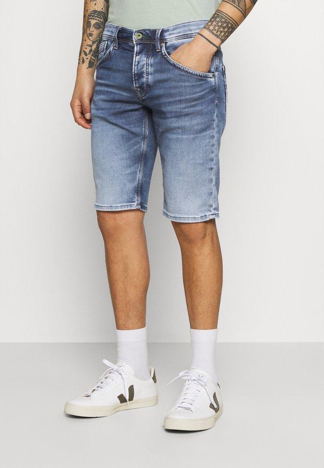 TRACK - Szorty jeansowe - denim